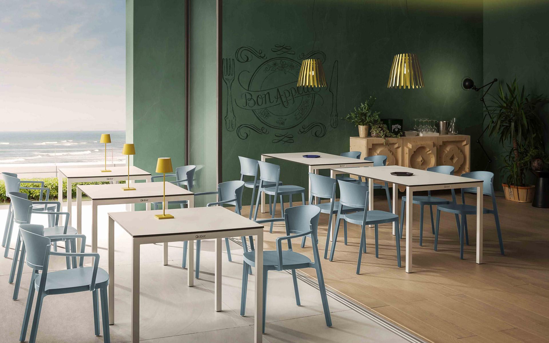 Sedie sedie imbottite sgabelli sgabelli imbottiti tavoli